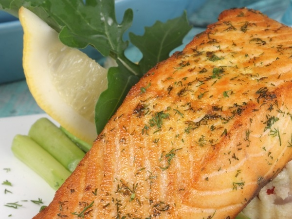 Healthy Recipe: Haldi Chilli - Marinated Salmon With Upma And Grilled Asparagus
