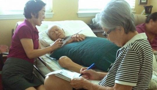 Battling Cancer, 93-Year-Old Casts Vote