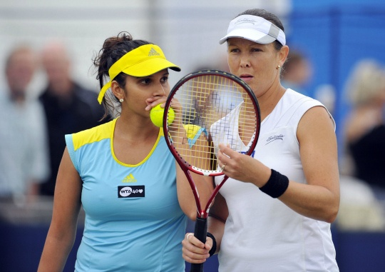 Sania-Huber Pair Survives Big W Scare