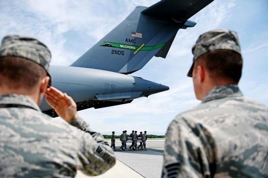 US Mulls Speeding Up Afghan Withdrawal