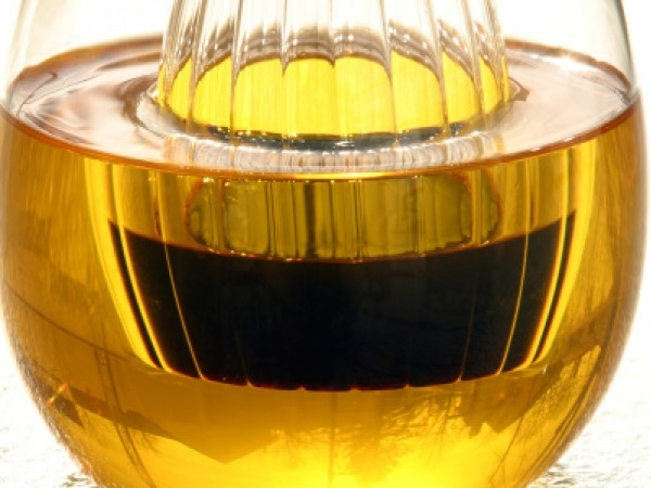 Massages: Natural Oil Home Remedies For Skin, Hair And Body Care