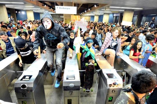Brazil Rolls Back Subway, Bus Fare Hike