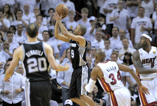 Spurs Rally to Beat Miami Heat in Game One