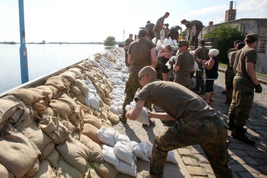Germany Struggles to Hold Back Flood 'Catastrophe'