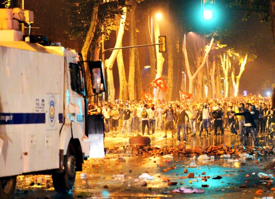 Protest Subsides at Istanbul Square
