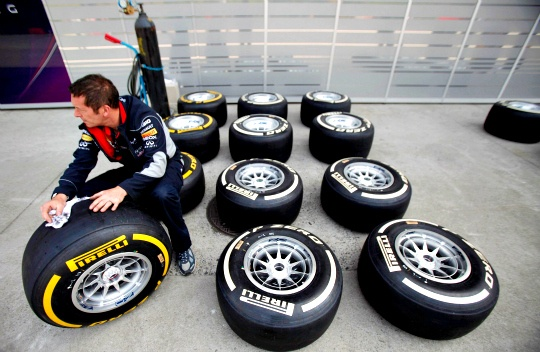 Pirelli to Keep F1 Tyres Unchanged for Now