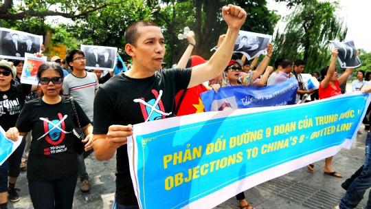 Vietnam Detains Anti-China Protesters