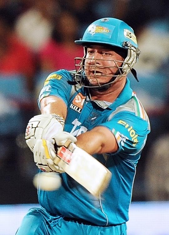Cricket World Prays for Jesse Ryder