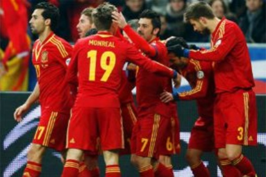 Spain in Control After Beating France