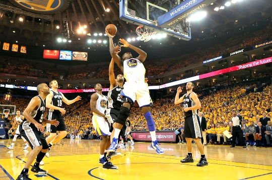 Warriors Beat Spurs to Level Series