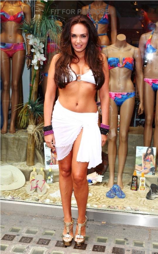 Tamara Ecclestone in Skimpy Bikini