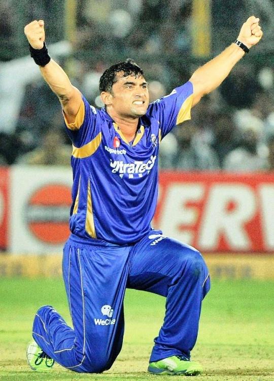 Pravin Tambe (Bowler-Rajasthan Royals)