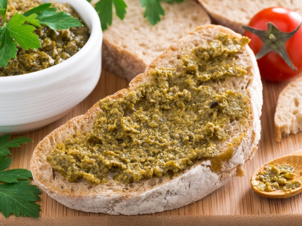 Diabetic Snack: Celery Garlic Toast