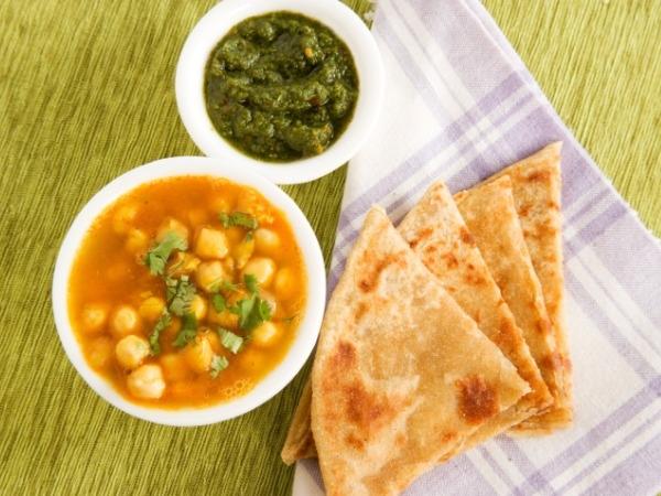 Indian Food Recipe: Mughlai Paratha Recipe
