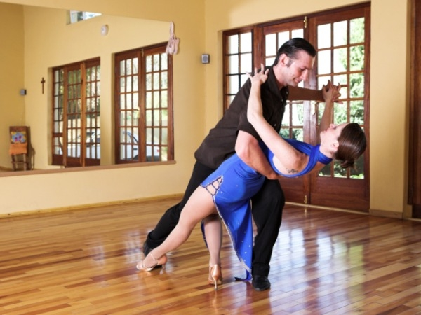 5 Reasons to Take Up Ballroom Dancing Today