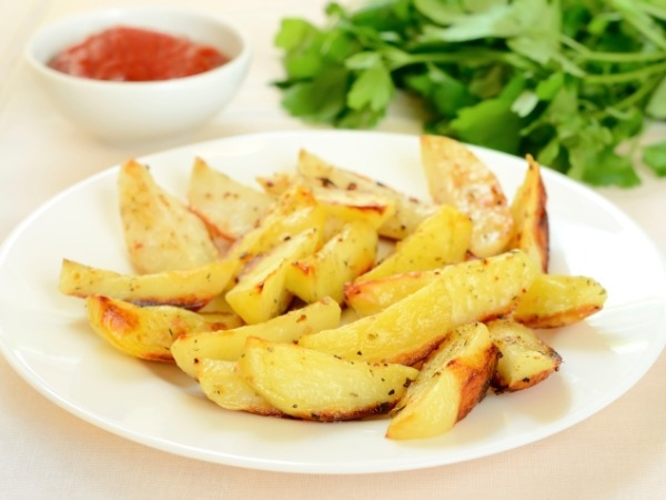Healthy Snack: Baked Potato Wedges Recipe