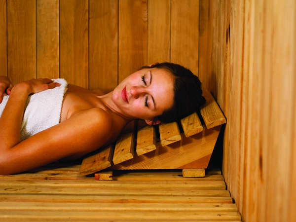 Health Benefits of a Sauna Versus a Steam Room | Healthy Living ...