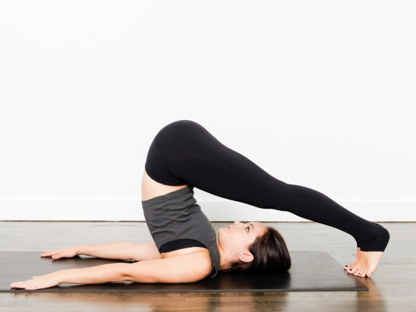 Beauty Top 5 Yoga Poses For