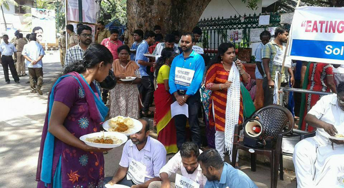 Hindus In Kerala Protest Join Muslims For A Beef Party In Protesting #DadriLynching