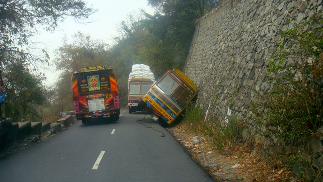 16 Dangerous Roads In India That Are A Drivers Worst Nightmare