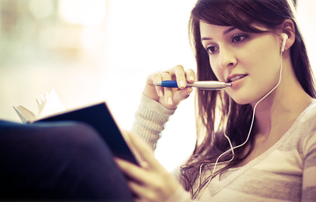 14 Ways Your Headphones Are Actually Ruining Your Life ...