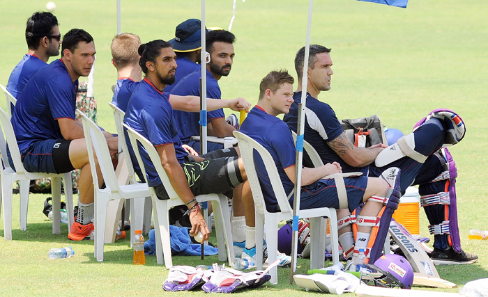 Rising Pune Supergiants in the dugout