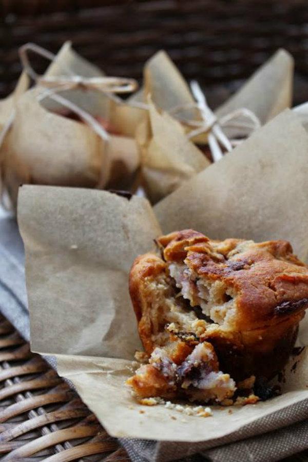 honey oat muffin