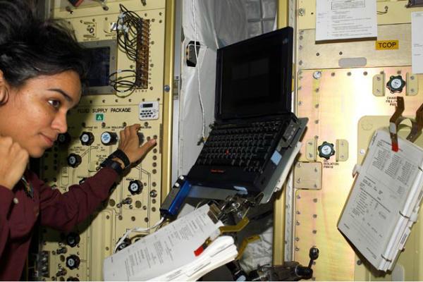 NASA Kalpana chawla in space
