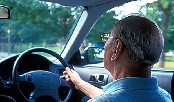 driving age in america The legal driving age in the united states is just 15 years old (permit drivers) is this too young should we raise the driving age.