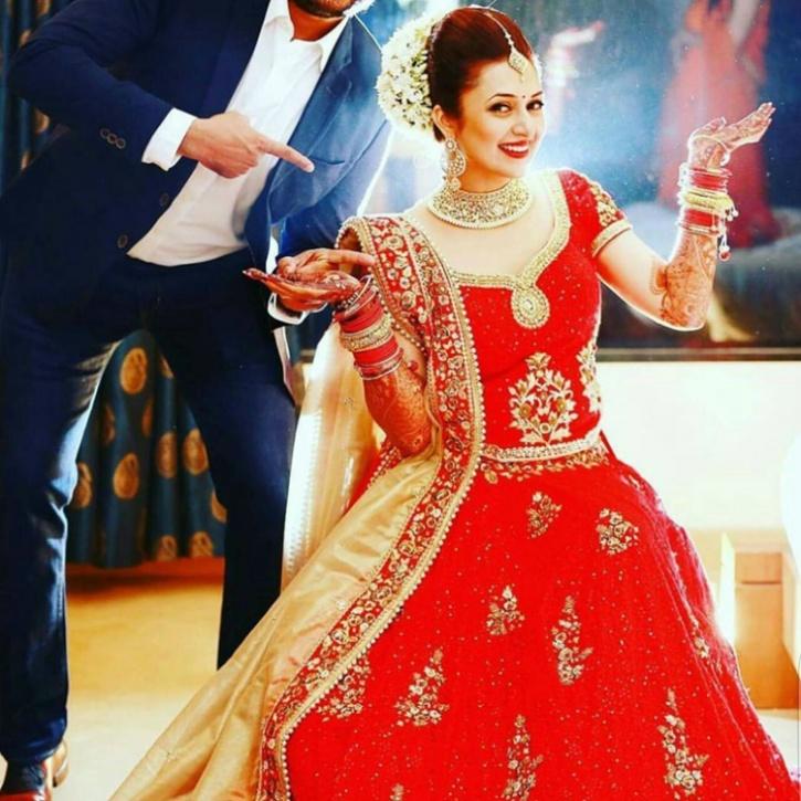 Divyanka Tripathi And Vivek Dahiya S Wedding Pictures Are