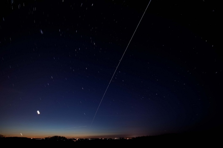 Star gazing: Chance to spot the ISS with your naked eye — RT World News