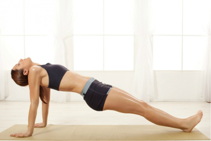 Reverse planks are great for strengthening your core, burning fat, and fix your posterior muscles