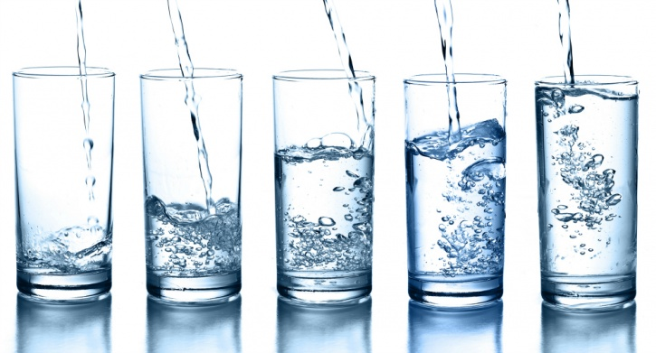 A few glasses of water in the morning can help flush out all the toxins that your body accumulates overnight