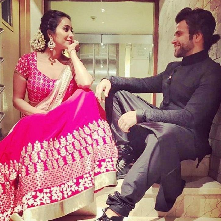 asha negi and ritvik dhanjani dating Rithvik dhanjani and asha negi have been rumored to be dating each other rithvik dhanjani and asha negi have been rumored to be dating each other.