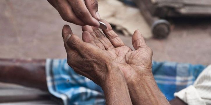 Rae Bareli Beggar Turns Out To Be A Crorepati Trader From Tamil Nadu