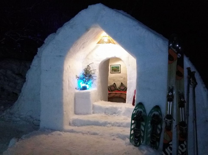 You Can Now Spend A Night Inside An Igloo, If You're ...