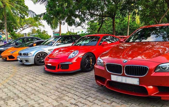 Illegal Car Racing In Mumbai