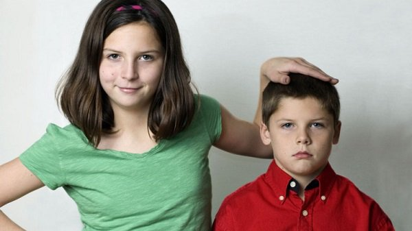 The study shows advantage for older siblings