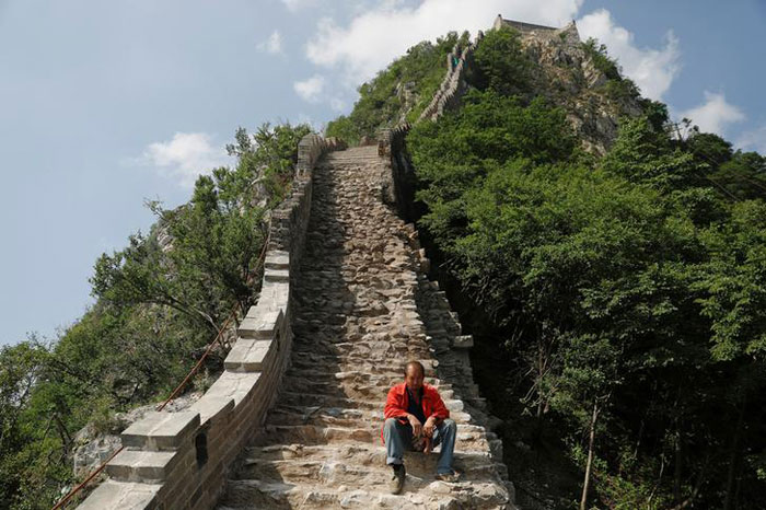 Rebuilding Great Wall Of China