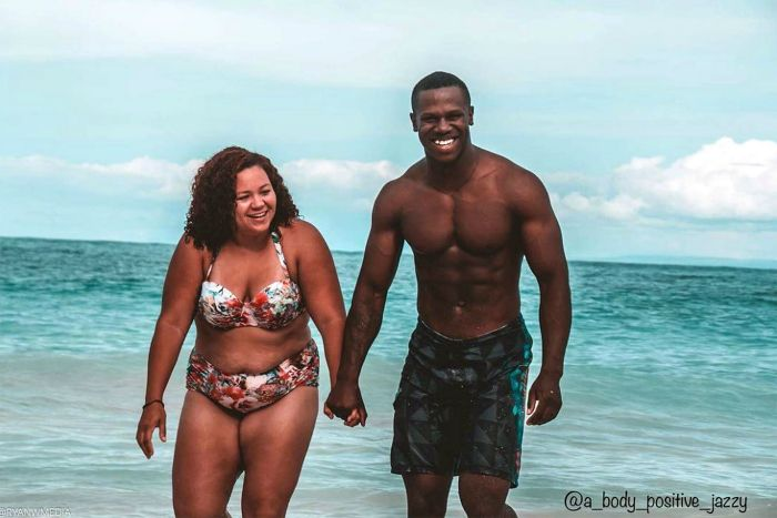 Jasmine 'Jazzy' Owens (a_body_positive_jazzy) and her partner have taken this phenomenon to a whole new level; not just in the looks department but also in the terms of their body image. They're built exactly opposite of each other; while Jazzy can be classified as a plus size her husband's physique can be compared to that of a fitness model!