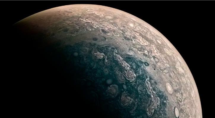 NASAs Juno Spacecraft Captured NeverBeforeSeen Photos Of - Nasas juno spacecraft has captured incredible images of jupiters surface