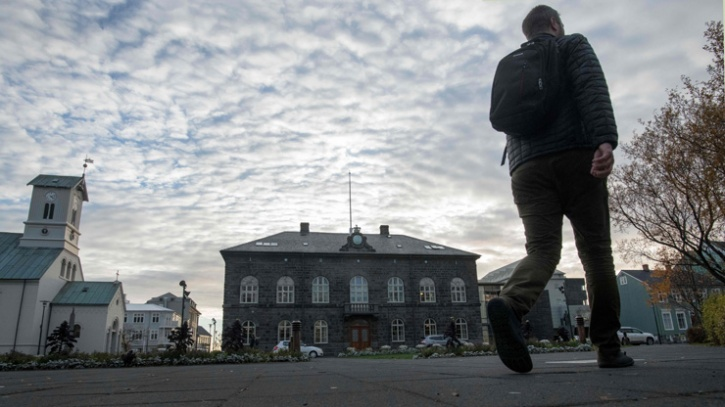 Iceland murderers become lawyers