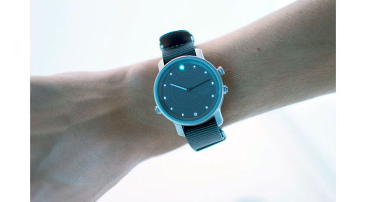 No Recharge: This Hybrid Smartwatch On Kickstarter Charges Only Through Solar & Indoor Light