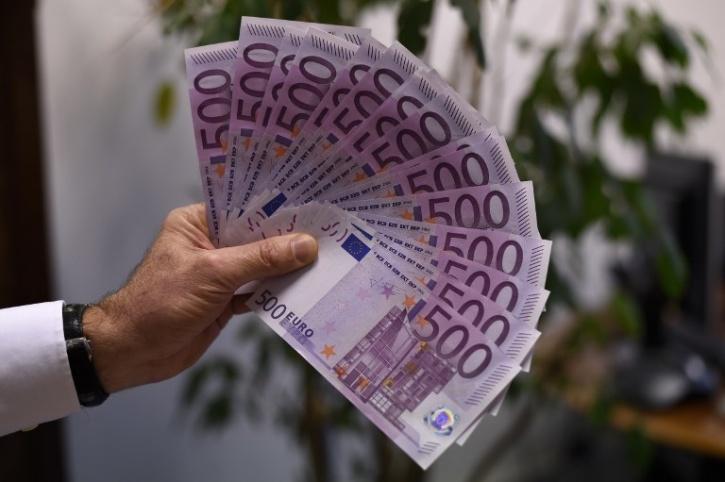500-euro bills