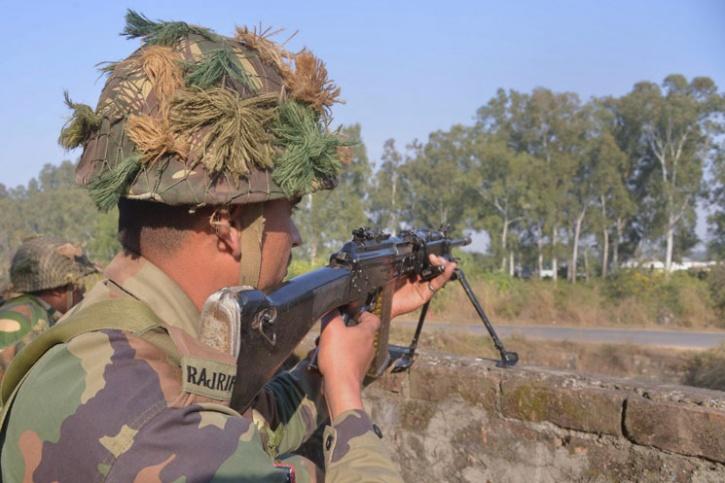 Indian Army nab terrorists