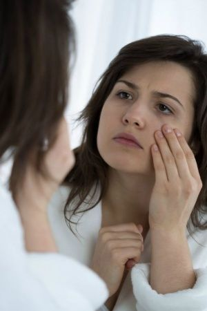 11 Ingenious Home Remedies That Can Help You Get Rid Of Your Under Eye Bags