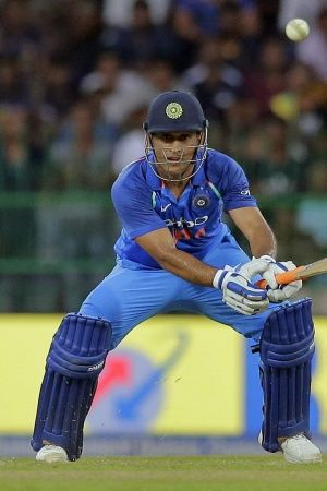 This is Dhonis 2nd T20I fifty