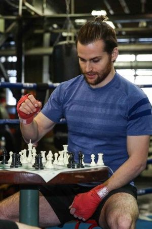 Chess and boxing combined into one