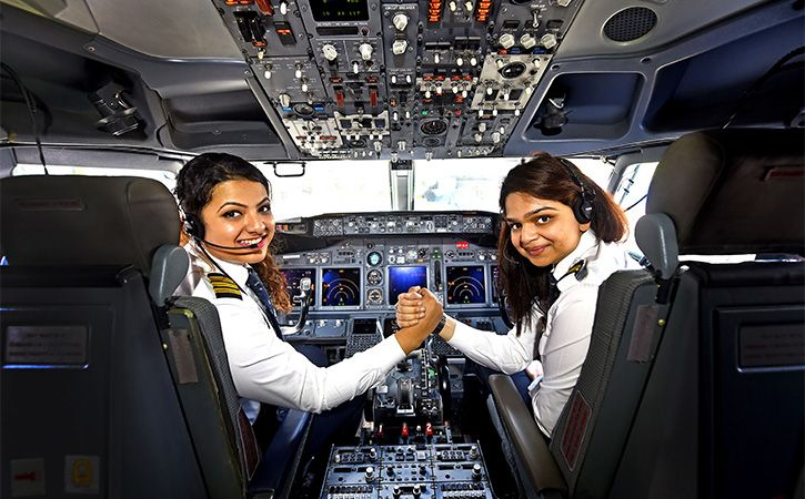 how to become a female airline pilot