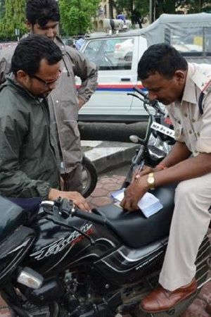 India Traffic Cop Vehicle People Car Bike Police Travellers Indians